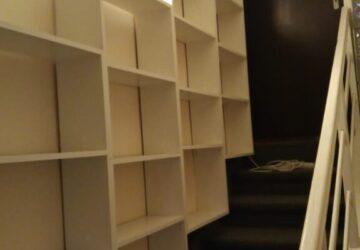 Knihovna nad schody_3