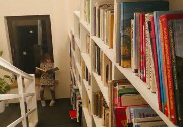 Knihovna nad schody_4